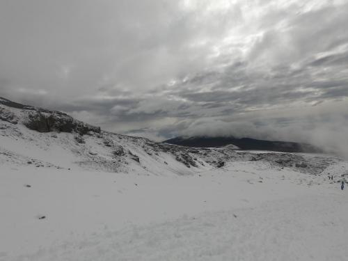 kili-snow1