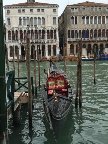 venice-boat